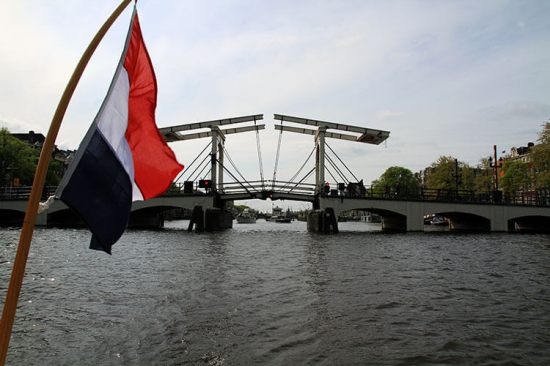 Luxe-Adventure-Traveler-Amsterdam-Magere-Brug-2