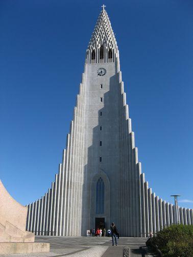 1280px-Reykjavik's-church